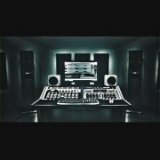 Online mastering studio, EDM mastering studio, loud, fat sound, commercial mainstream sound